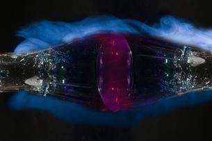 フラスコの中の液体の写真素材 [FYI02976680]