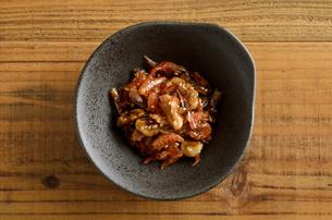 海老とクルミの佃煮の写真素材 [FYI02976735]
