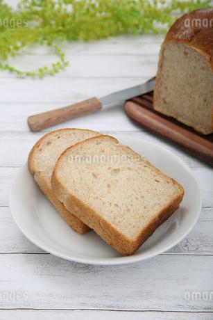 食パンの写真素材 [FYI02976738]