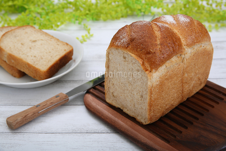 食パンの写真素材 [FYI02976740]