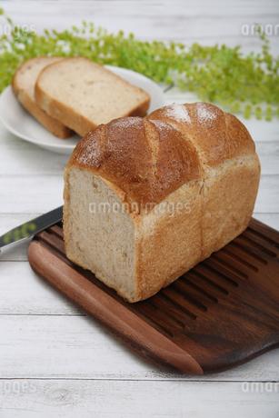 食パンの写真素材 [FYI02976743]