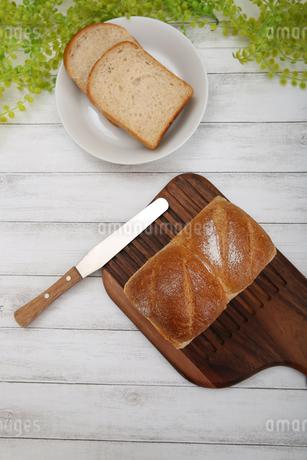 食パンの写真素材 [FYI02976747]