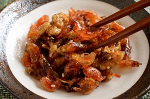 海老とクルミの佃煮の写真素材 [FYI02976748]