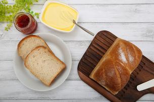 食パンの写真素材 [FYI02976752]