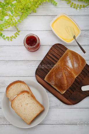 食パンの写真素材 [FYI02976754]
