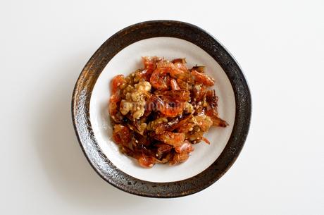 海老とクルミの佃煮の写真素材 [FYI02976756]