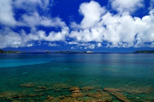 母島の御幸之浜の写真素材 [FYI02976820]