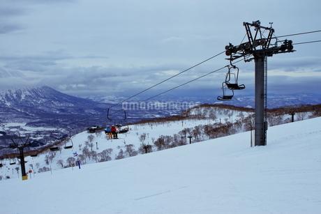 ニセコヒラフスキー場冬景色の写真素材 [FYI02977056]