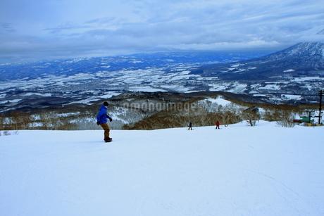 ニセコヒラフスキー場冬景色の写真素材 [FYI02977081]