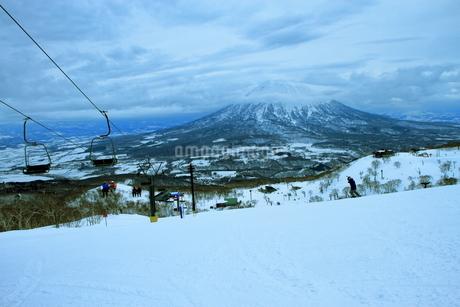 ニセコヒラフスキー場冬景色の写真素材 [FYI02977102]
