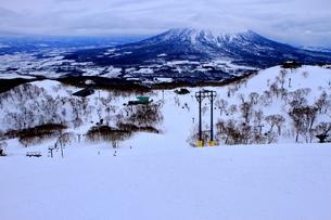 ニセコヒラフスキー場冬景色の写真素材 [FYI02977119]