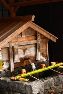 奈良井宿 水場の写真素材 [FYI02977259]
