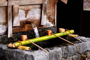 奈良井宿 水場の写真素材 [FYI02977261]