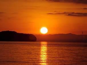 日の出の写真素材 [FYI02977767]