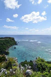 果報バンタ(沖縄)の写真素材 [FYI02977875]
