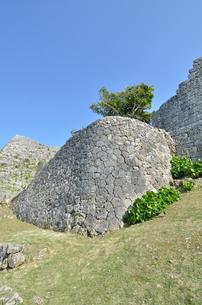 中城城跡(沖縄、世界遺産)の写真素材 [FYI02977925]