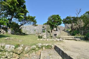 中城城跡(沖縄、世界遺産)の写真素材 [FYI02977928]