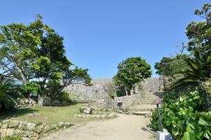 中城城跡(沖縄、世界遺産)の写真素材 [FYI02977931]