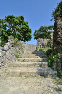 中城城跡(沖縄、世界遺産)の写真素材 [FYI02977933]