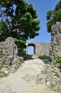 中城城跡(沖縄、世界遺産)の写真素材 [FYI02977934]