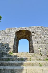 中城城跡(沖縄、世界遺産)の写真素材 [FYI02977936]