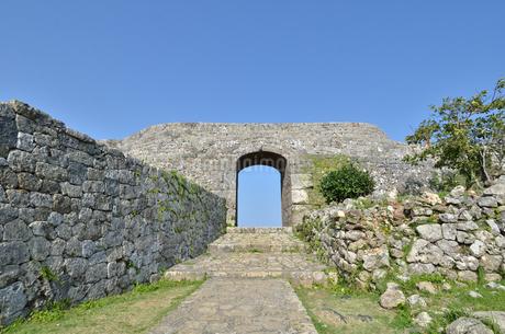 中城城跡(沖縄、世界遺産)の写真素材 [FYI02977939]