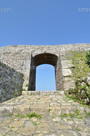 中城城跡(沖縄、世界遺産)の写真素材 [FYI02977940]