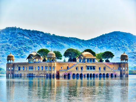 インド 水の宮殿 の写真素材 [FYI02978084]