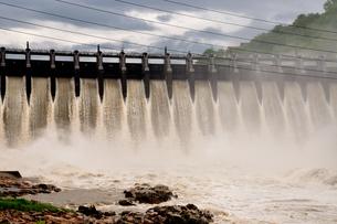 大井ダムの写真素材 [FYI02978128]