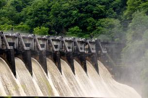 大井ダムの写真素材 [FYI02978130]