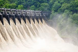 大井ダムの写真素材 [FYI02978133]