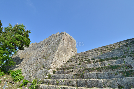 中城城跡(沖縄、世界遺産)の写真素材 [FYI02978435]