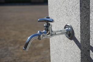 水道の蛇口の写真素材 [FYI02978446]