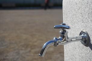 水道の蛇口の写真素材 [FYI02978447]