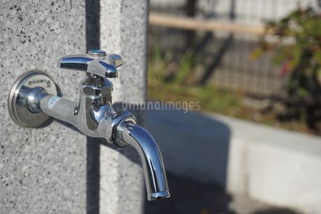 水道の蛇口の写真素材 [FYI02978448]