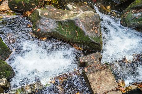水と岩の写真素材 [FYI02979367]