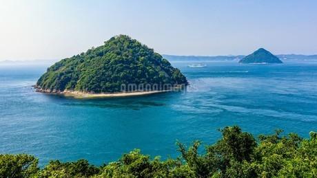 五色台の北端「大崎の鼻」から瀬戸内海の写真素材 [FYI02979595]