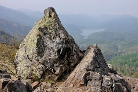 大菩薩嶺 神部岩の写真素材 [FYI02979812]