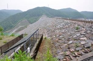 上日川ダムの写真素材 [FYI02980241]