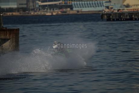 ジェットスキーのイメージの写真素材 [FYI02980359]