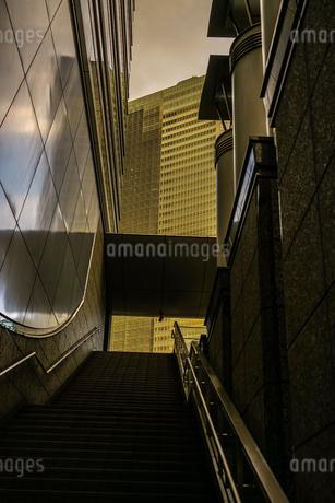 新橋のビル群の写真素材 [FYI02980367]