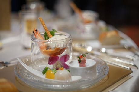 披露宴の食事の写真素材 [FYI02980424]