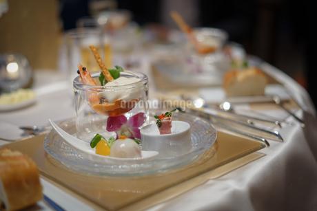 披露宴の食事の写真素材 [FYI02980426]
