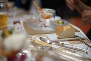 披露宴の食事の写真素材 [FYI02980427]