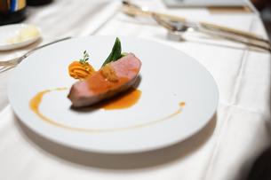 披露宴の食事の写真素材 [FYI02980437]