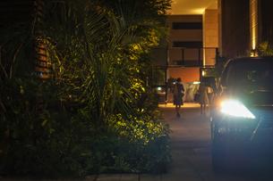 車のヘッドライトの写真素材 [FYI02980454]