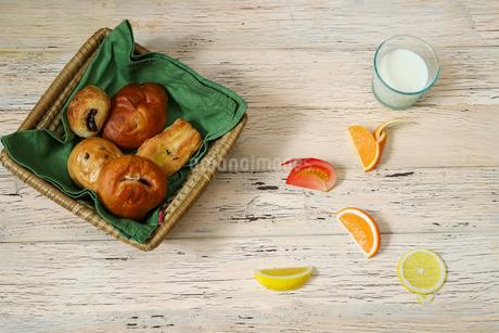 いろいろな調理パンの写真素材 [FYI02980595]