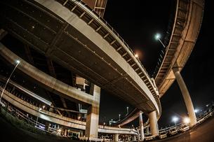 首都高速湾岸線・大黒ジャンクション(横浜市鶴見区)の写真素材 [FYI02981366]