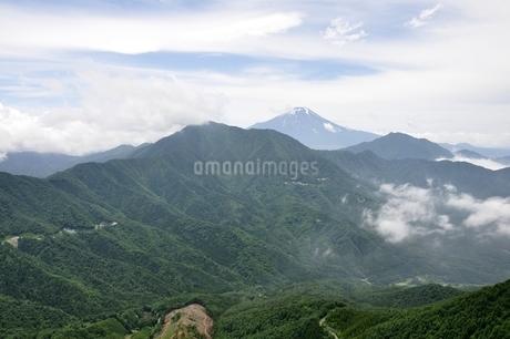 今倉山 松山から望む富士山の写真素材 [FYI02981782]