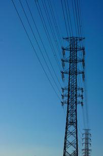 鉄塔イメージの写真素材 [FYI02982137]